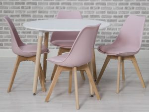 Sopha Mint Dining table and pink chairs