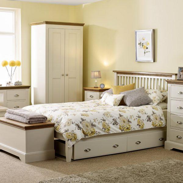 Sopha Elderflower bedroom range