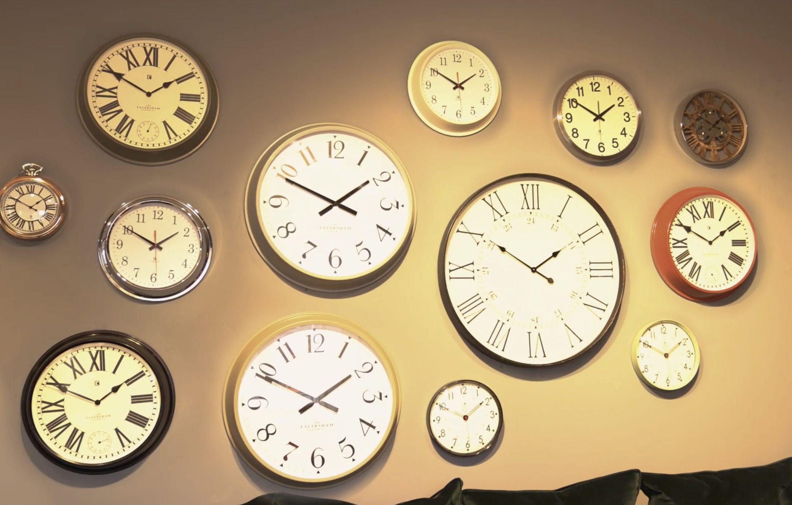 Clock Wall in Sopha Highbridge